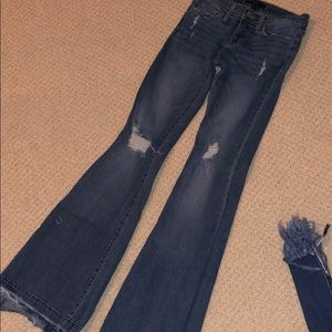 FLYING MONKEY HIGH RISE RIPPED FLARE JEANS